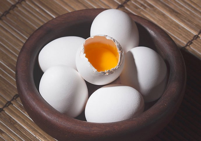 Photo of raw eggs for natural hair removal